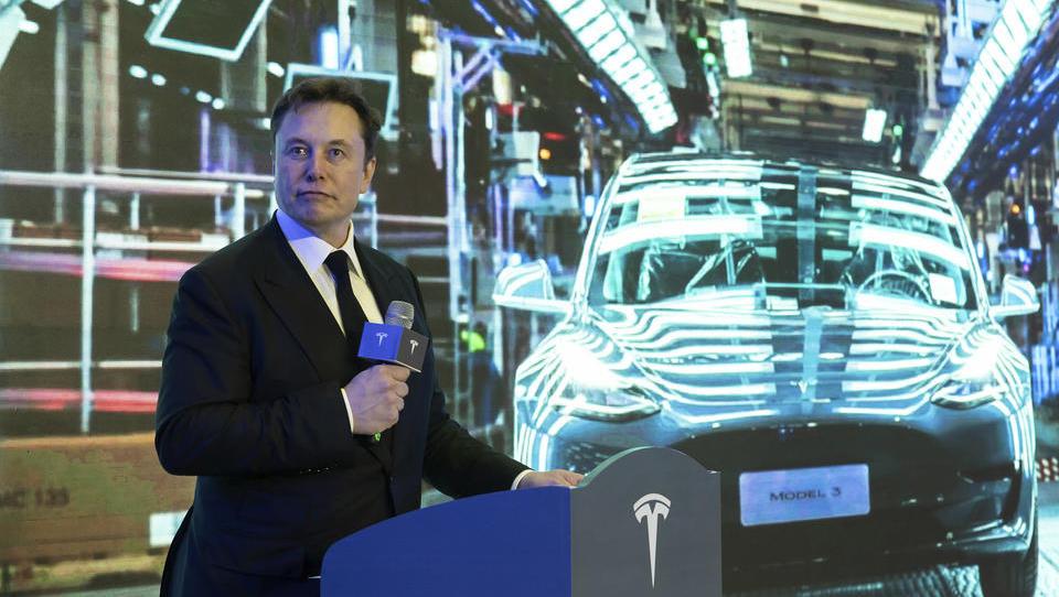 Neue Methode im Karosserie-Bau: Tesla revolutioniert die Automobil-Produktion