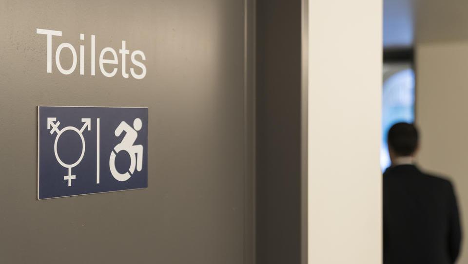 """Kein """"Frauen"""" und """"Männer"""" mehr: Technische Universität Hamburg führt neue Toiletten-Regelungen ein, um Diskriminierungen zu vermeiden"""