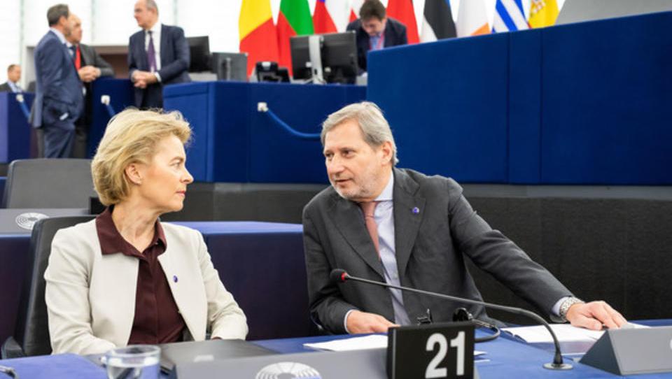 Noch Aktien im Depot? EU-Haushaltskommisar schickt Stabschef zu Lobby-Treffen