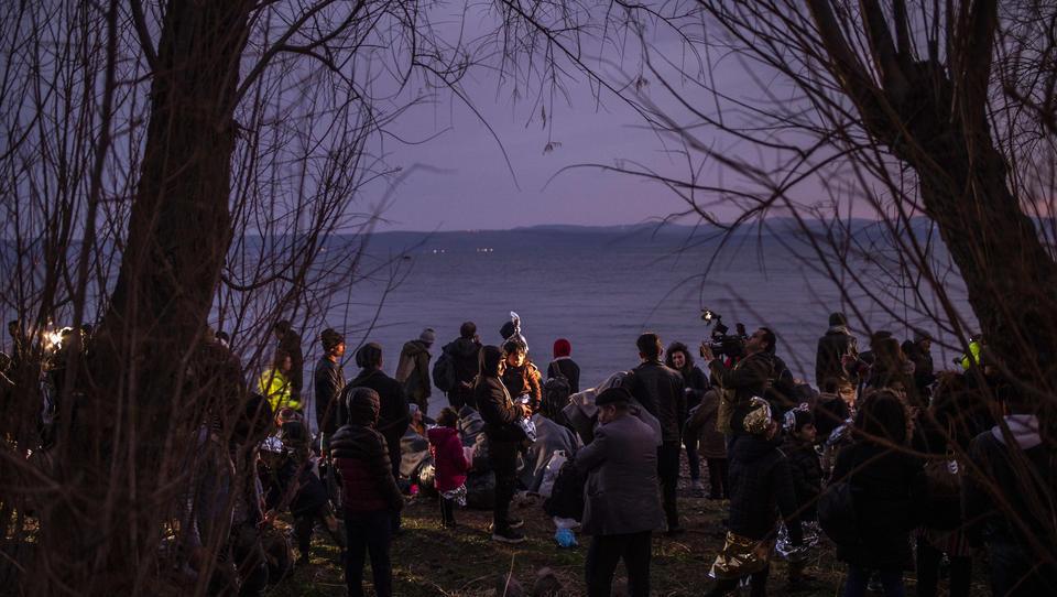 Griechische Polizei: Migranten-Organisationen spionieren gezielt Küstenwache aus, um Schleusern zu helfen