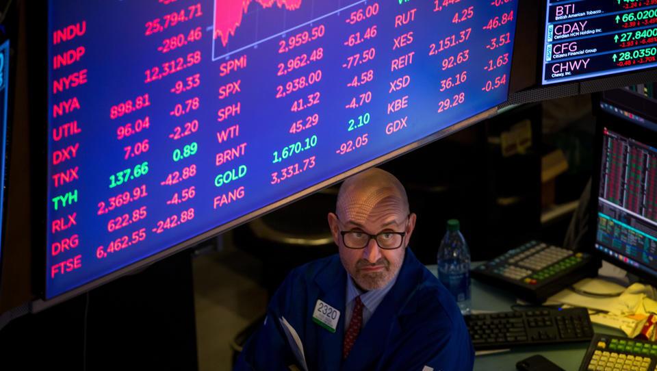 Hoffnung auf staatliche Hilfe: Weltweite Aktienmärkte setzen zu vorsichtiger Erholung an