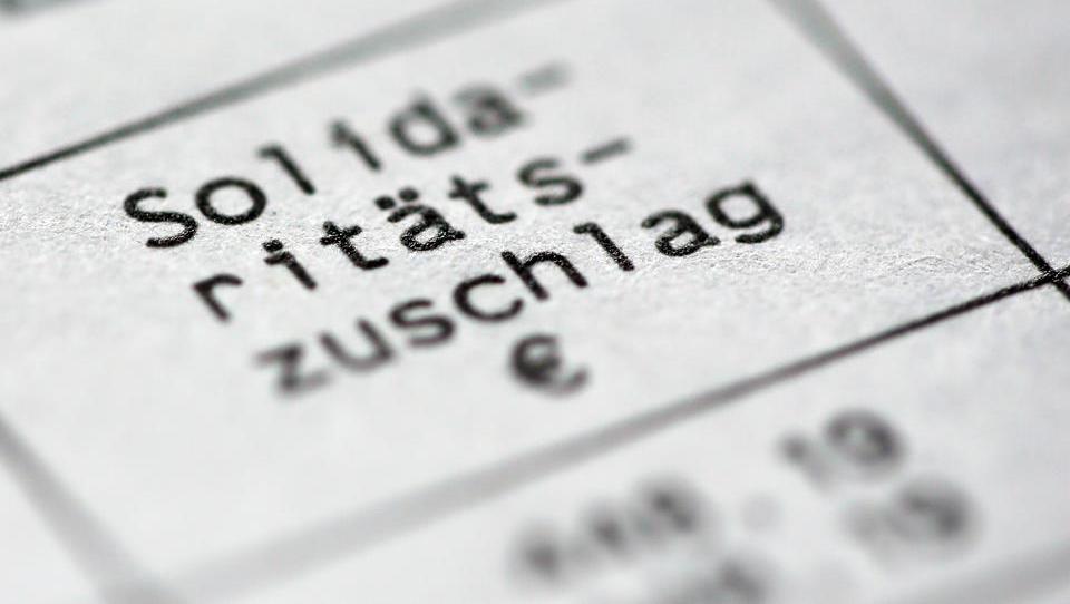 DWN AKTUELL: Soli soll für Mehrheit der Bundesbürger abgeschafft werden