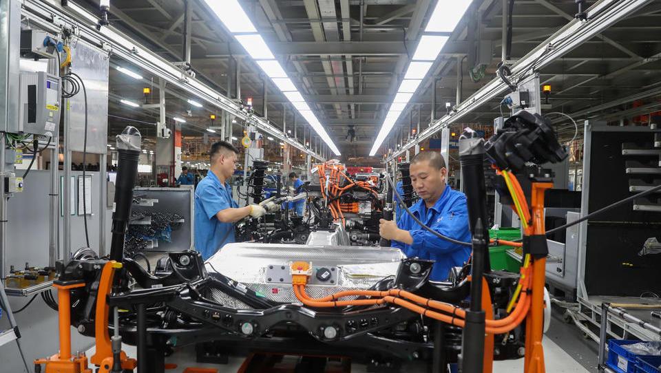 Wiedereröffnung von VW-Werken in China, Verkäufe ziehen an