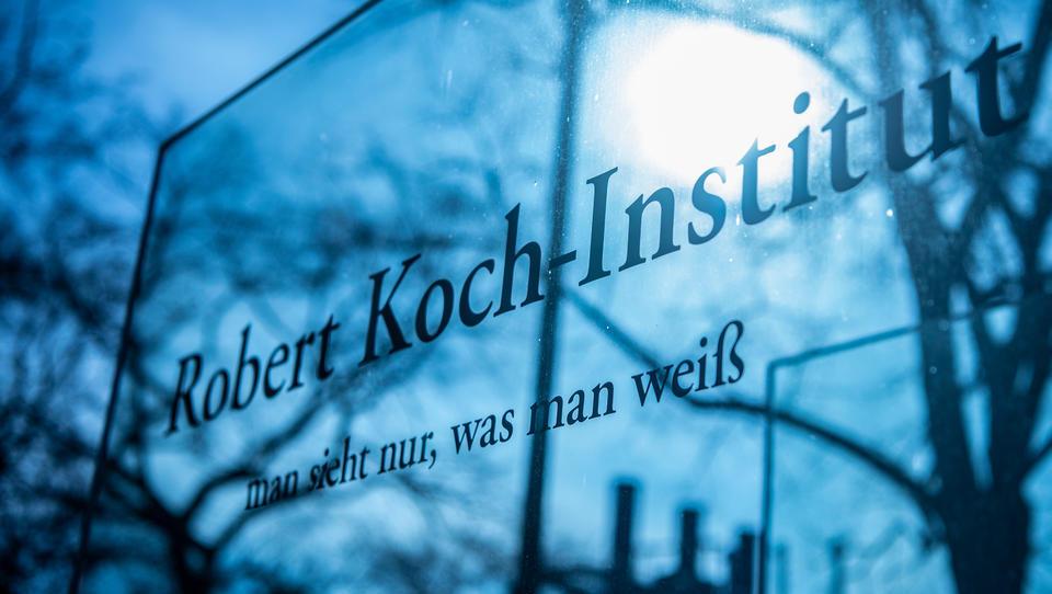 Corona-Leaks: Robert Koch Institut und Finanzministerium ließen Krisen-Sitzungen sausen
