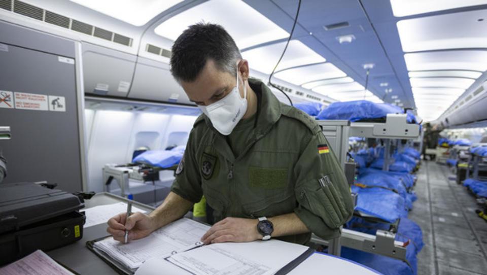 Corona: Was die Politik von den Militärs lernen kann