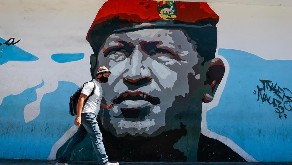 Verwirrung um angebliche Söldner-Invasionen: Venezuela fängt erneut Attacke ab, präsentiert US-Gefangene