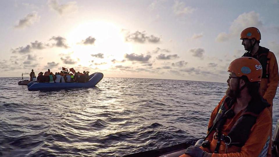 Wegen Corona: Flüchtlinge aus Europa flüchten zurück nach Afrika