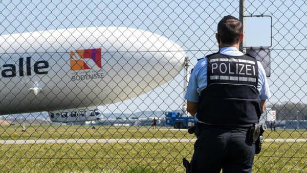Verstöße gegen Corona-Regeln: Polizei kontrolliert per Zeppelin