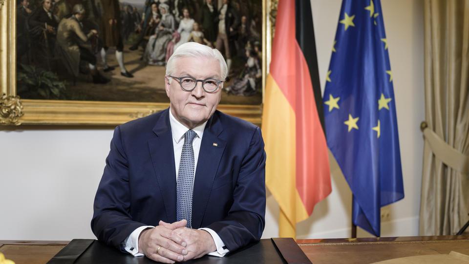 Steinmeier macht deutlich: Deutsche müssen Gürtel enger schnallen