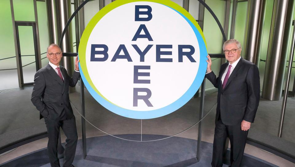 Bayer im Schuldenstrudel: Nach Monsanto-Desaster sind Neu-Schulden in Milliardenhöhe nötig