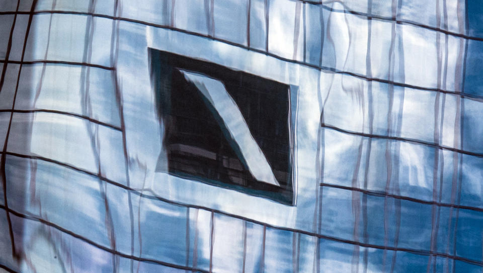 Deutsche Bank stockt Eigenkapital mit neuer Anleihe auf