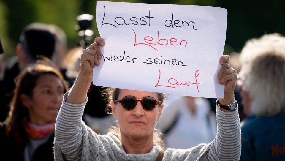 Berliner sind der Corona-Regeln überdrüssig