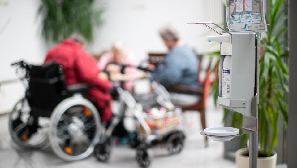 103-jährige aus Österreich übersteht Corona-Infektion