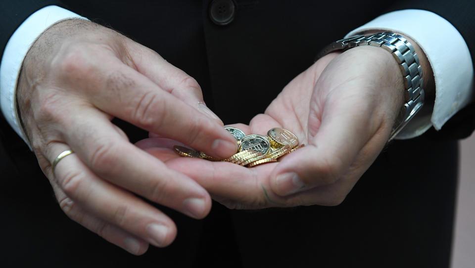 Von jedem verdienten Euro bleiben dem Arbeitnehmer nur 47,9 Cent