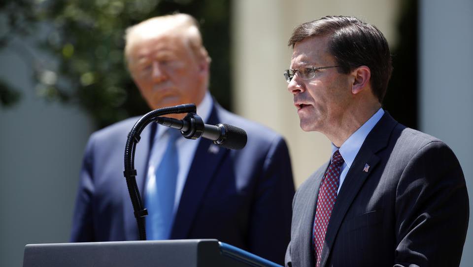 Soldaten gegen Demonstranten? US-Verteidigungsmininster Mark Esper stellt sich gegen Trump