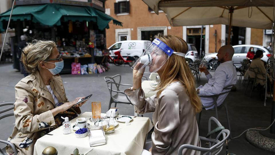 """Italien führt """"Corona-Stasi"""" ein, um Kontaktregeln zu überwachen"""