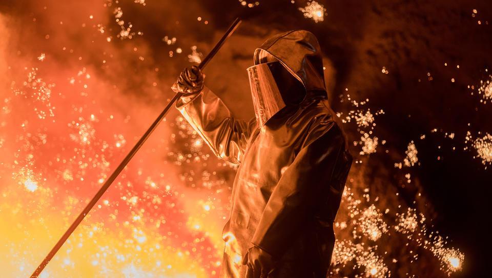 Thyssenkrupp beginnt mit Modernisierung der Stahlproduktion
