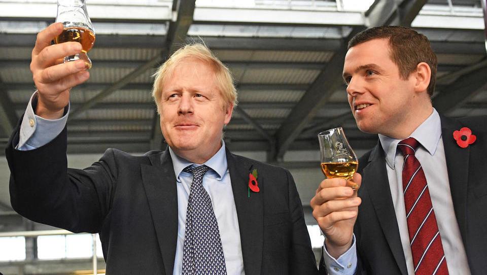 Boris Johnson stellt hunderttausenden Hongkongern Einbürgerung in Großbritannien in Aussicht