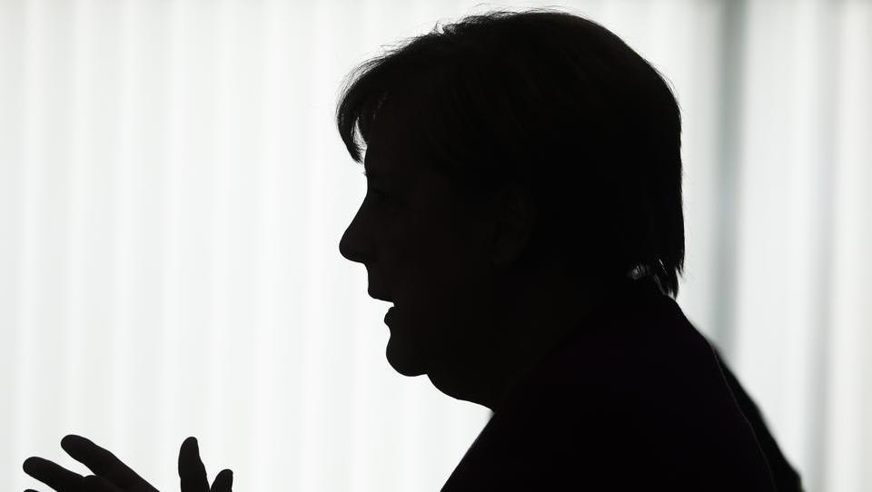 Urteil: Merkel muss Auskünfte zu Geheimgesprächen mit Journalisten erteilen