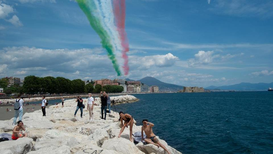 Riesige Drogenlieferung des IS in Neapel entdeckt