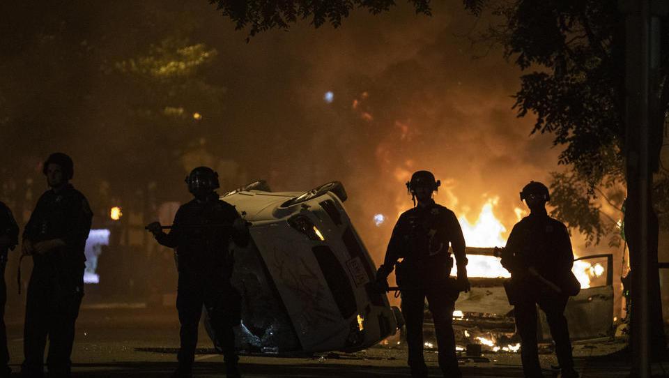 USA in Aufruhr: Erneut Afroamerikaner von Polizisten getötet, Video veröffentlicht