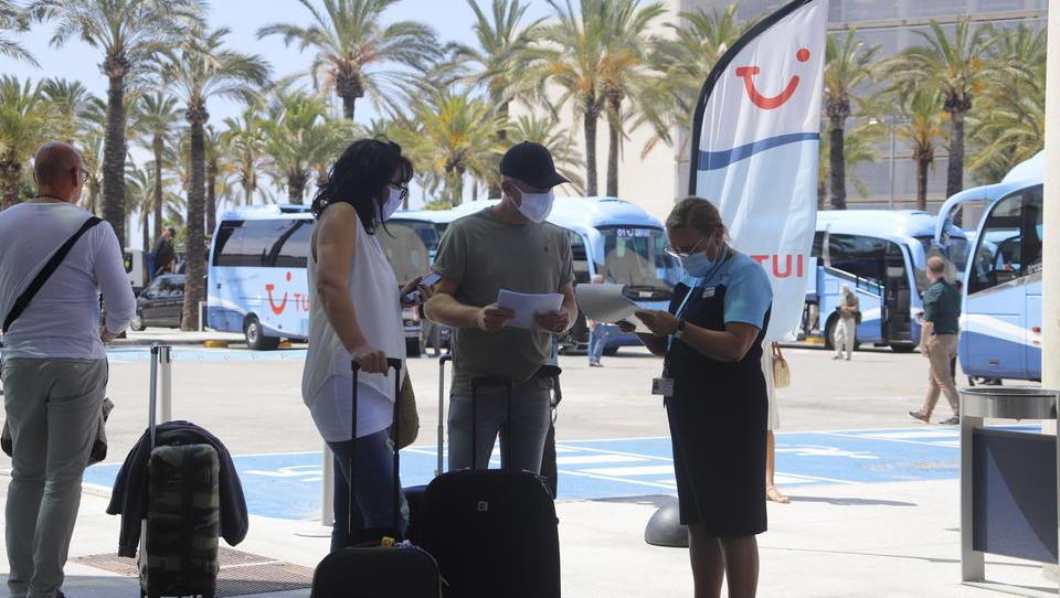 """Ab 13. Juli: Mallorca führt Schutzmasken-Pflicht """"überall im öffentlichen Raum"""" ein"""