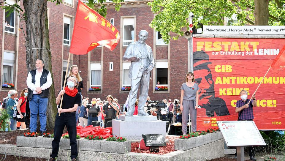 Erlaubt: Linksextremisten errichten Lenin-Statue in Gelsenkirchen