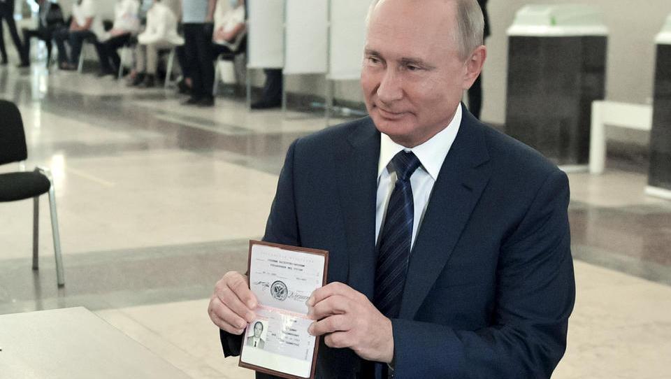 Putin schreibt Merkel: Hoffnung auf Zusammenarbeit im Jahr 2021