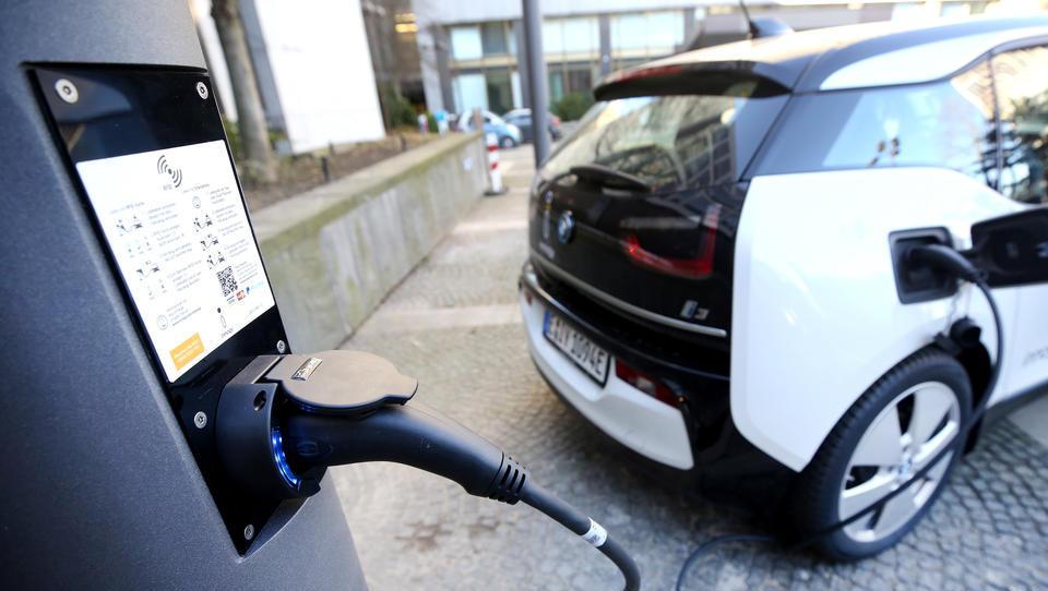 Ab Mittwoch: Kaufprämie für Elektro-Autos verdoppelt sich
