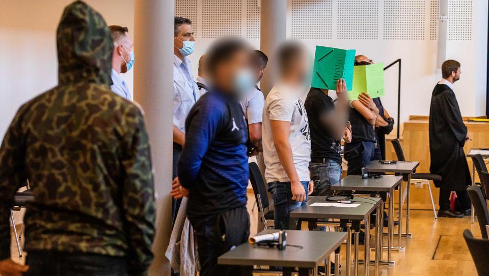 Gruppenvergewaltigung in Freiburg: Mehrere Araber zu Haftstrafen verurteilt