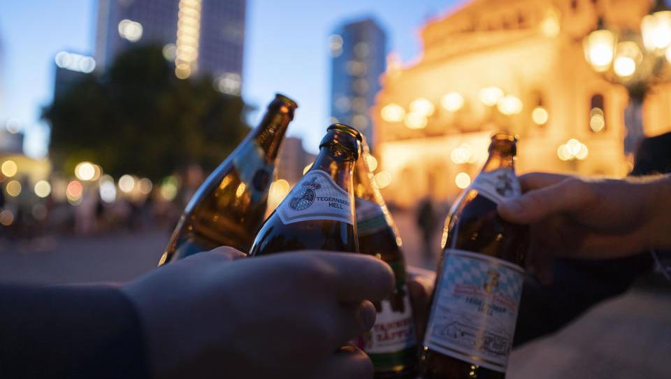 Bayern erwägt Alkoholverbot auf öffentlichen Plätzen