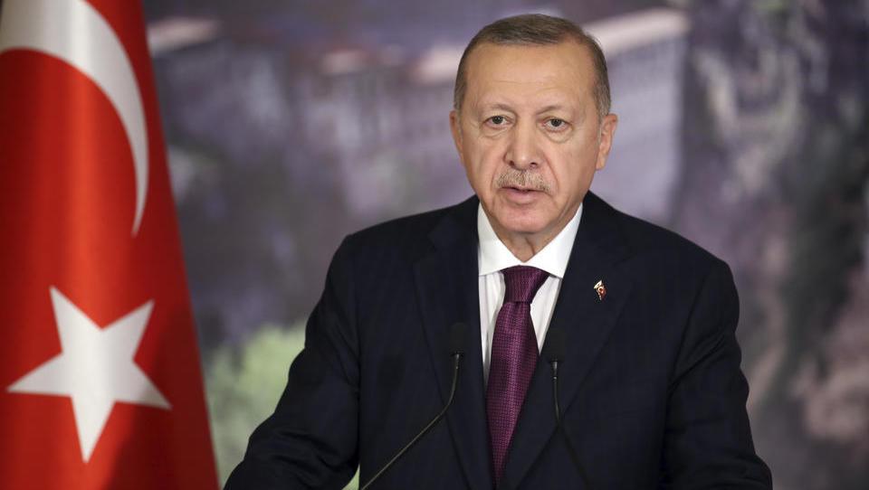 Erdogan nimmt Merkels gefährliche Herausforderung in Libyen an