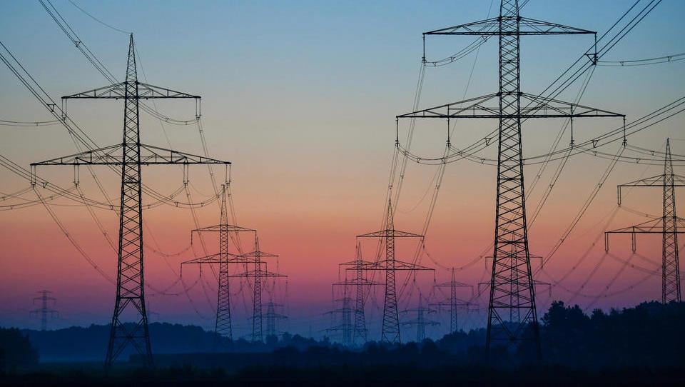 Preise für Strom und Gas ziehen weiter deutlich an