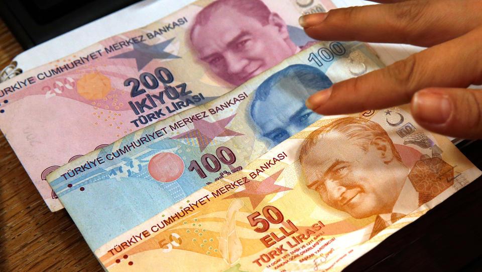 Intervention der türkischen Zentralbank verpufft, Lira-Verfall beschleunigt sich