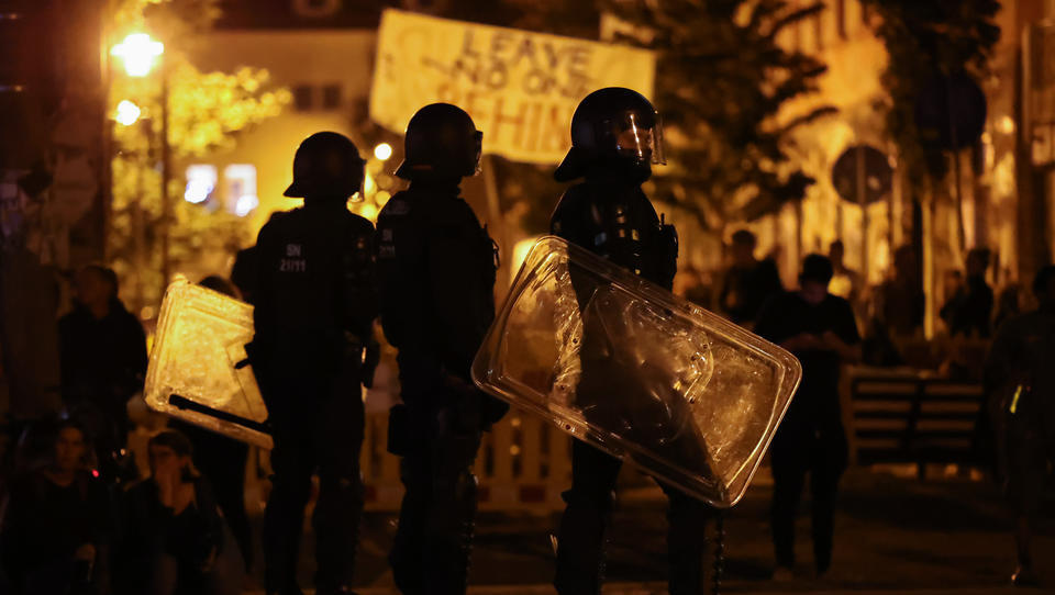 Leipzig: Jetzt muss sich die Polizei auch noch bei Linksextremisten entschuldigen