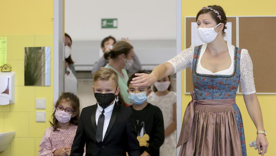 Corona: Wien wird zum Zentrum der Pandemie, strenge Auflagen für Demo in München