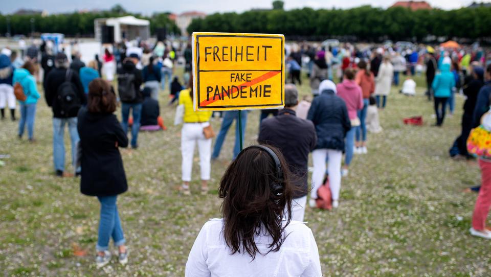 Gericht kippt Teilnehmer-Beschränkung für Anti-Corona-Demo in München