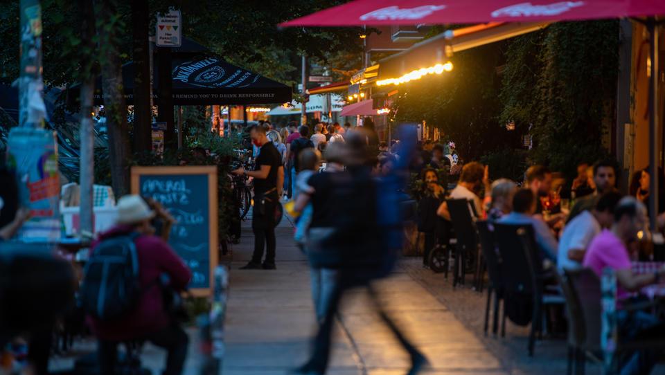 Alkohol, Parties, Fieber-Ambulanzen: Das sind die neuen Corona-Restriktionen