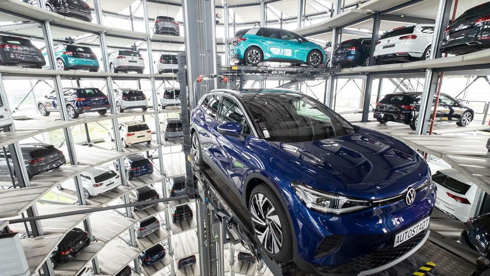 Planungswechsel: Volkswagens muss Investitionen in E-Mobilität wegen Corona überdenken