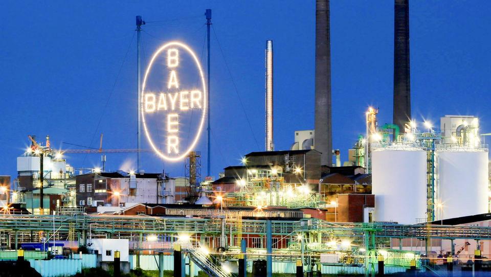 Bayer muss Milliardenverlust hinnehmen wegen schwachen Agrargeschäfts