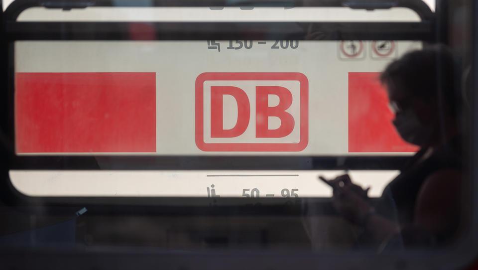 Lockdown-Vorgabe für die Deutsche Bahn: Einzel-Reservierungen sind nur noch für Fensterplätze möglich