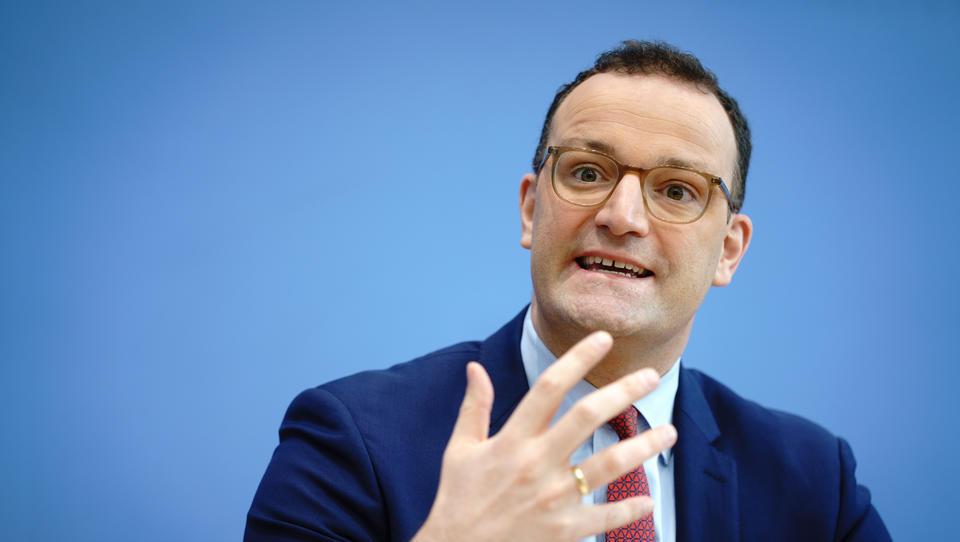 Ernst & Young erhält nächsten Millionen-Auftrag von Gesundheitsminister Spahn