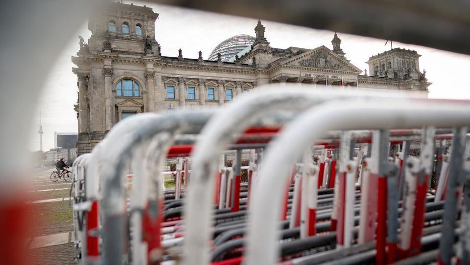 CORONA-TICKER vom Mittwoch: Der Bund wird wegen der Pandemie 300 Milliarden Euro an Neuschulden aufnehmen