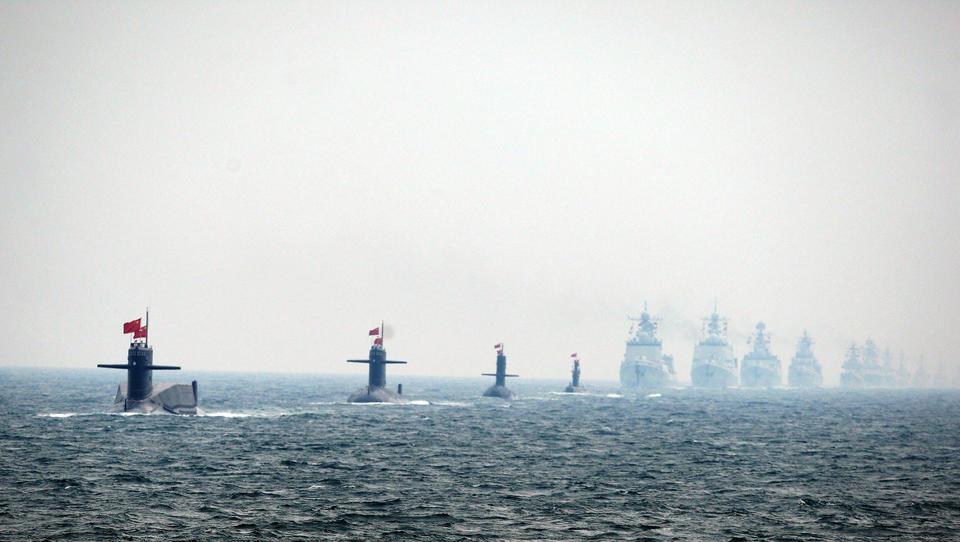 China führt fünf Marine-Manöver gleichzeitig durch