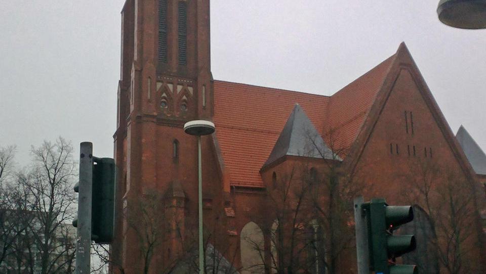 Berliner Bürger stoppen Umwandlung von Kirche in Lageso-Außenstelle