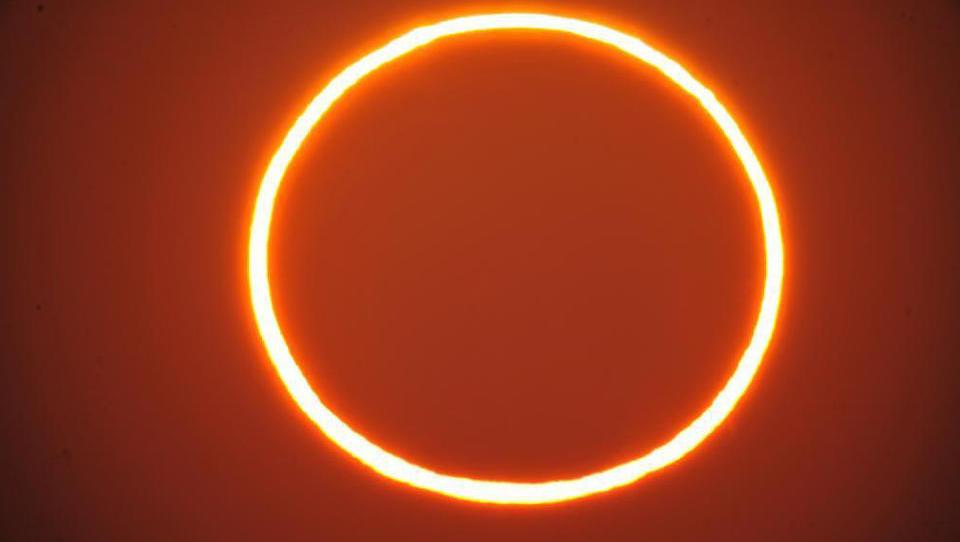 Sonne, Mond und Sterne im Juni 2021 – ringförmige Sonnenfinsternis