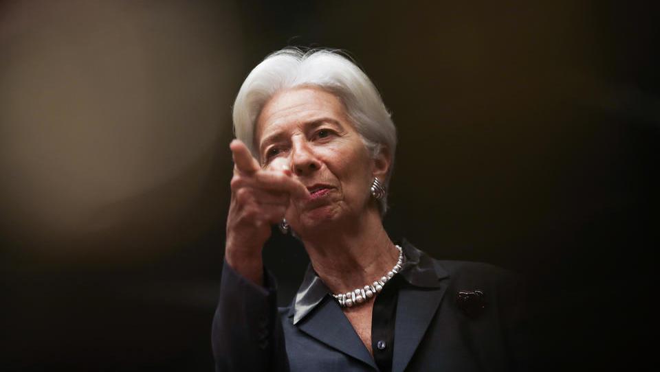 EZB belässt Leitzins bei null, will deutlich mehr Geld drucken