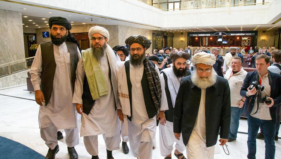 Taliban erobern erstmals Provinzhauptstadt, Zivilisten fliehen aus Todesangst