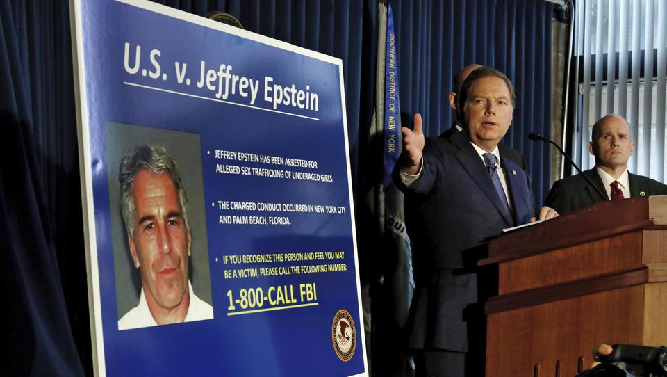 Nächster Coup beim Epstein-Skandal: Französische Polizei nimmt Model-Agent fest