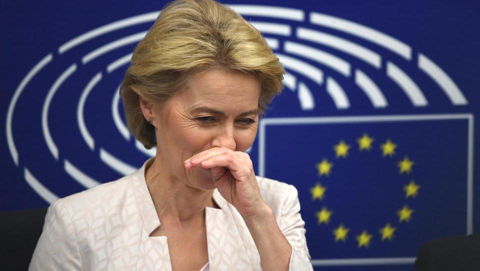 Gegen das Bargeld: EU-Kommission will europaweite Obergrenze für Bar-Zahlungen